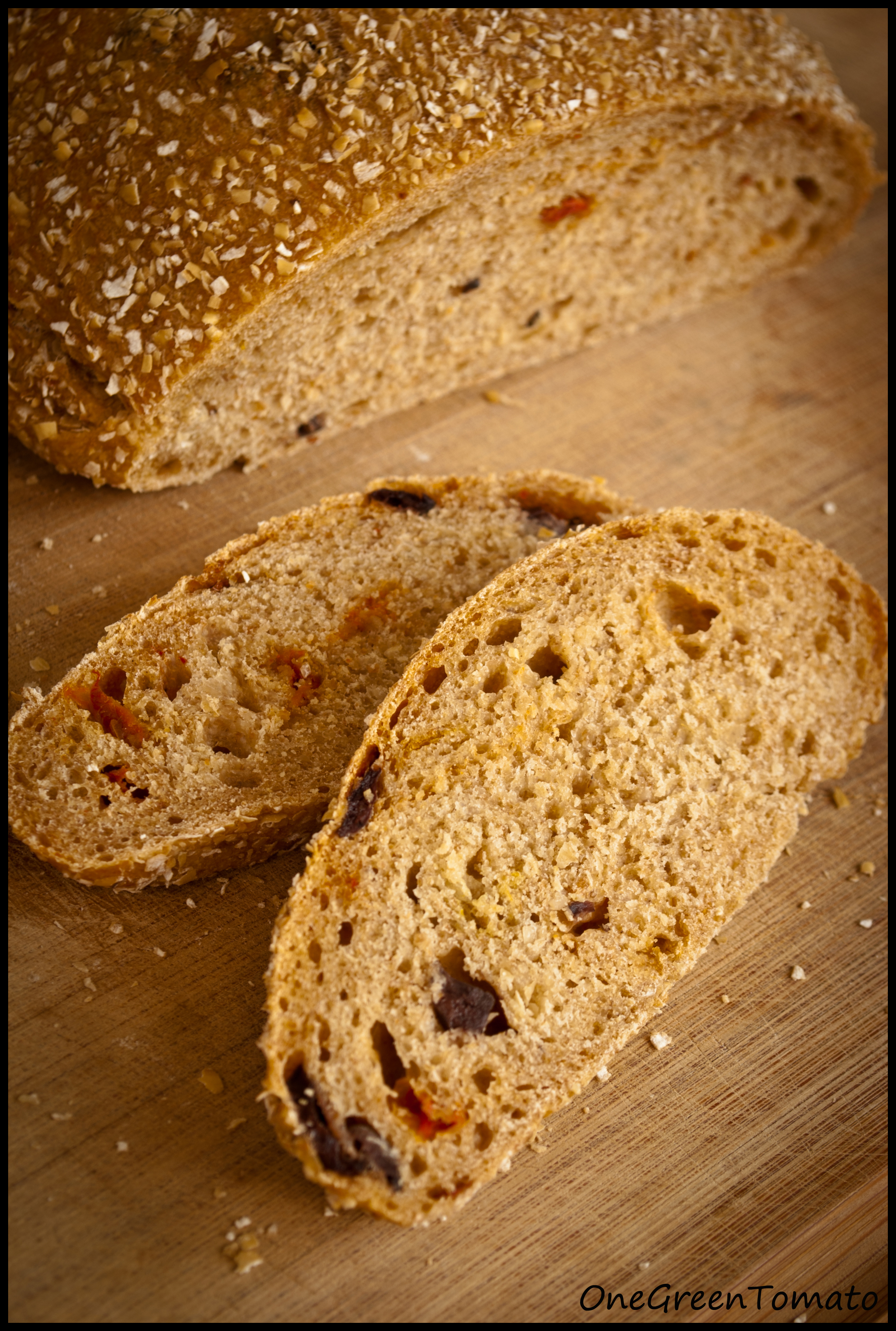 Sun-dried Tomato and Kalamata Olive Bread - makes 2 small loaves or ...